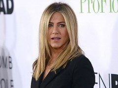 Jennifer Aniston, in doliu. Mama sa a murit!